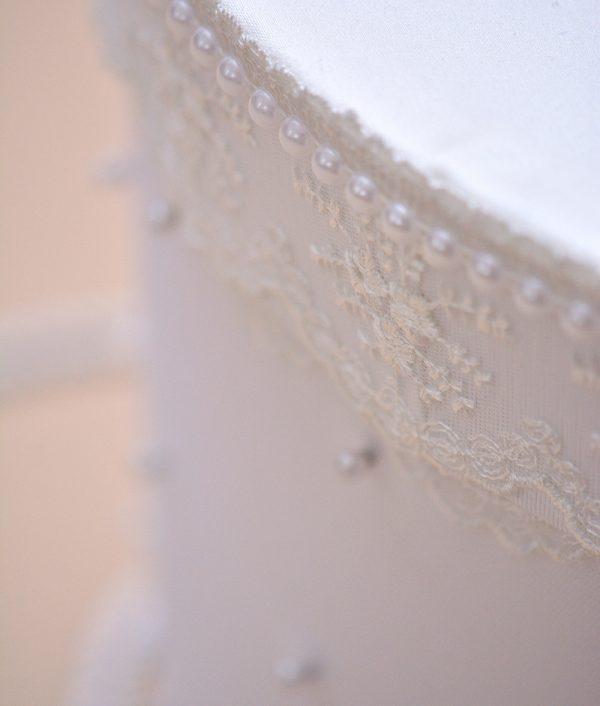 cutie trusou botez perle albe
