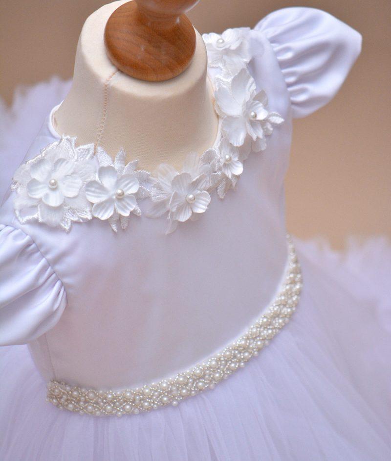 rochie botez flori Alba