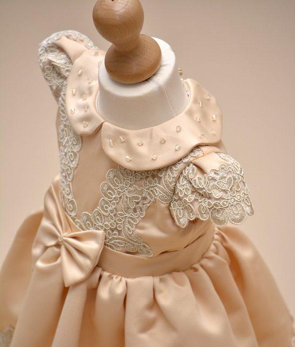rochita de botez Amira dantela